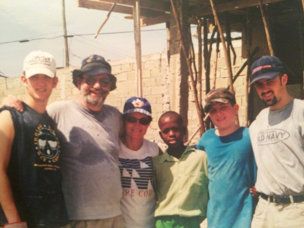 Luke's family with Erick Deraly. From left: Ian (brother), Al (dad), Cindy (mom), Ben (brother) and Luke.